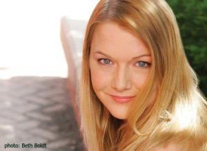 MichellePillow_BioPhoto